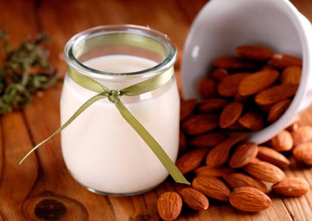Mandelmilch die Milde