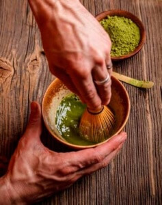 Zubereitung-Matcha-Tee